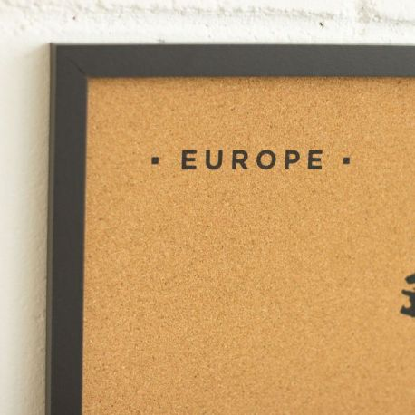 WOODY MAP L - EUROPE CADRE NOIR 63 CM X 48 CM